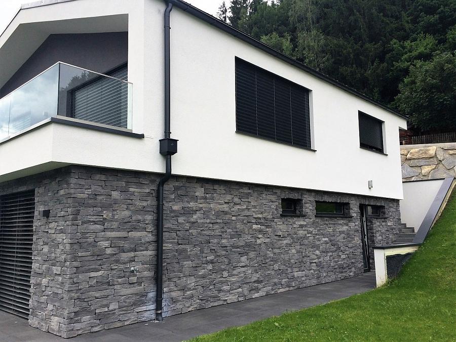 Inspirationen einfamilienhaus in mittersil wild stone for Einfamilienhaus katalog