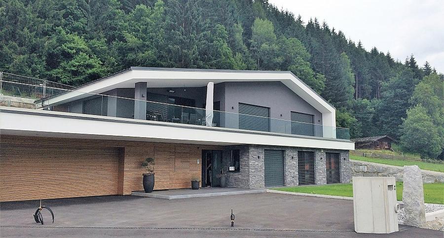 Inspirationen einfamilienhaus in mittersil wild stone for Modernes haus bauen lassen